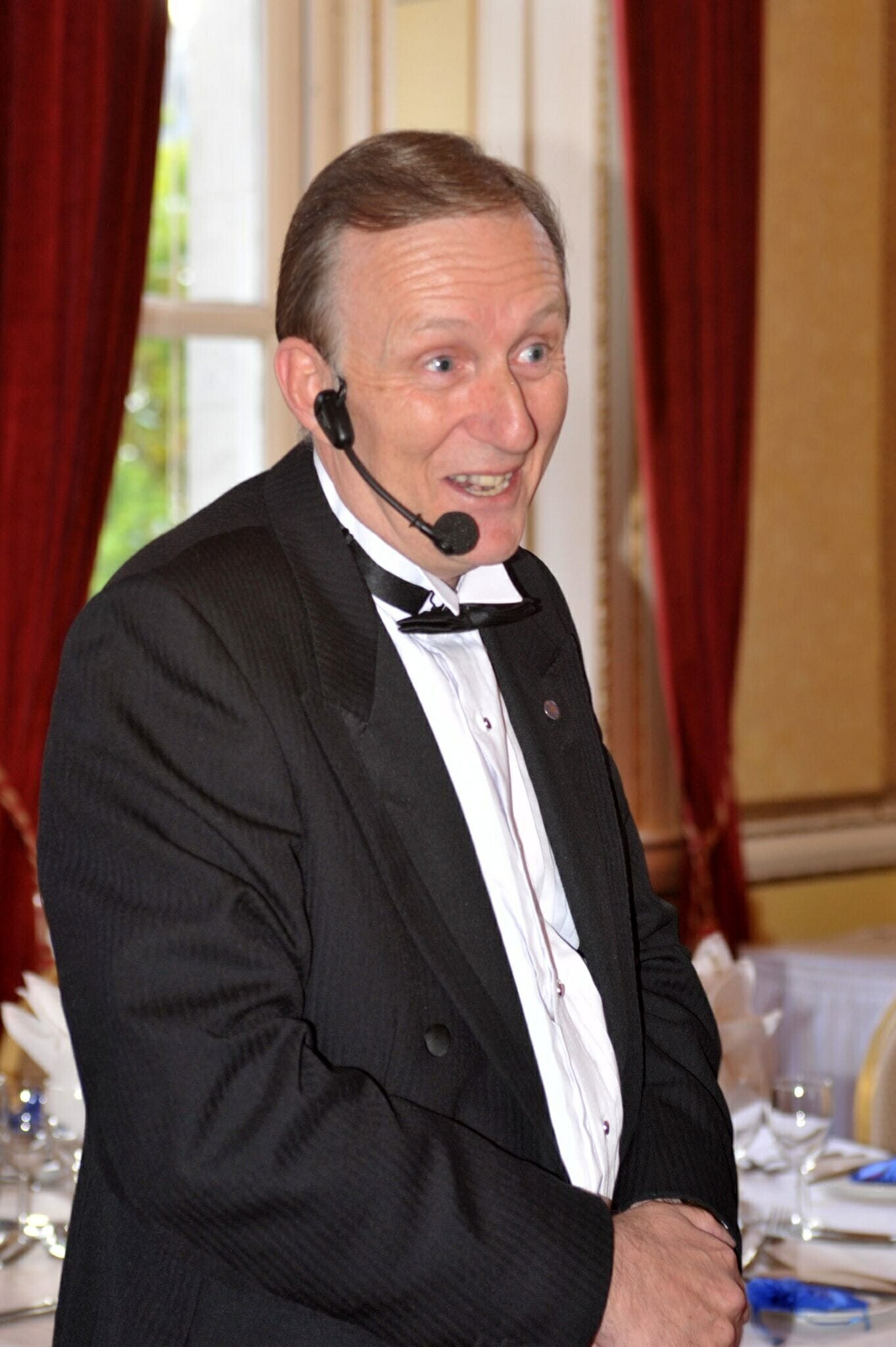 Fundraising Auctioneer Oxfordshire OZ